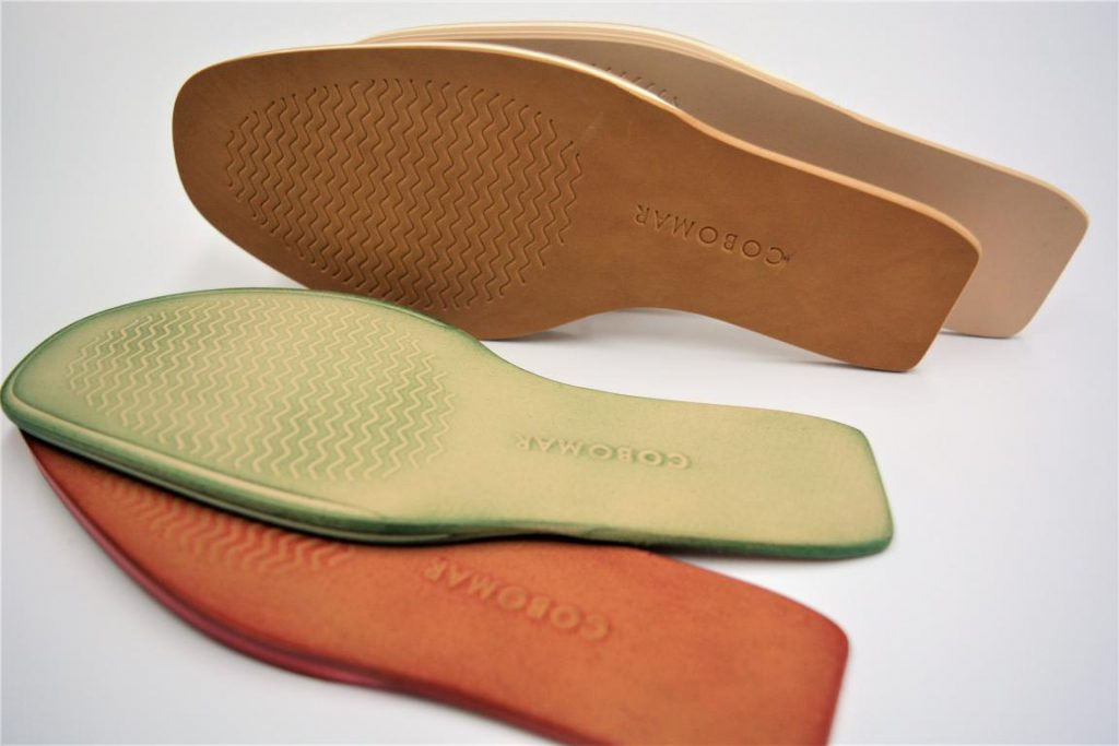 BRUSHED MICRO-BREATHABLE SOLE IN COLOUR AND PRINT 1